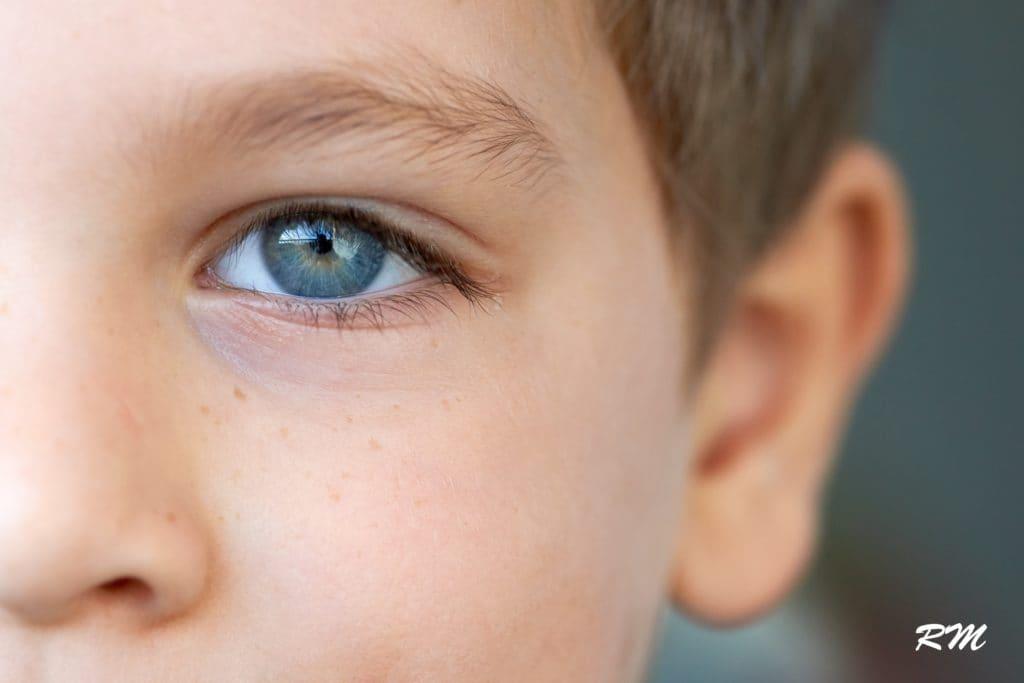 Oeil en gros plan pris à la focale de 100mm